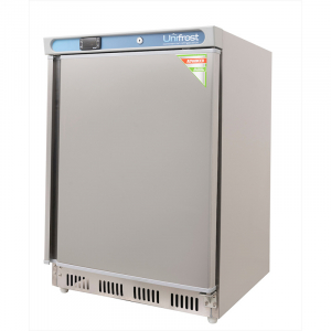 R200SVN Undercounter Refrigerator