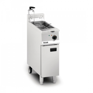 Lincat Opus 800 OE8112 Single Tank Single Basket Free Standing Electric Fryer with Pumped Filtration
